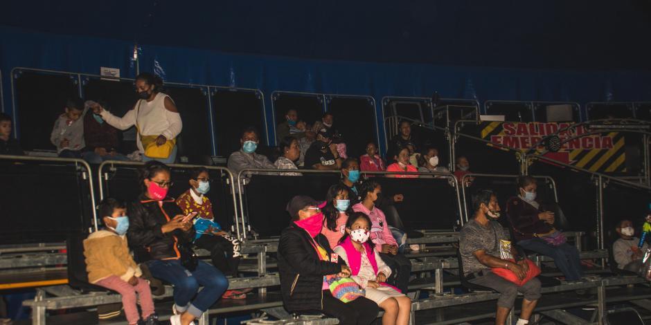De esta manera se alista el Gran Circo Bardum, antes de cada espectáculo.