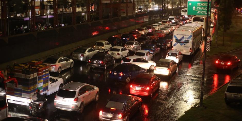 Caos vial en la CDMX por lluvias