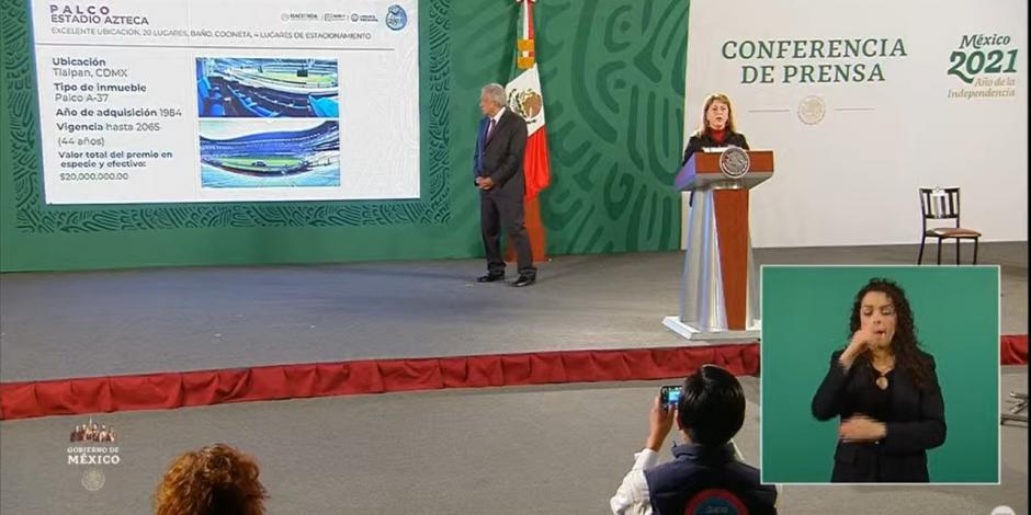 Margarita Gónzalez Sarabia Calderón informa sobre el palco en el Azteca, en conferencia matutina de AMLO, este miércoles.