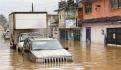 En calles de la entidad se observa el daño por las anegaciones, donde los vehículos quedaron varados por el agua, ayer.
