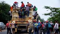 Caravana migrante camina de Veracruz hacia la Ciudad de México
