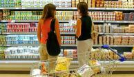Confianza del consumidor sube 16.8% anual; cae 0.2% en agosto