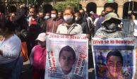 Ayotzinapa-padres-2020