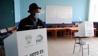 2021-04-11T154651Z_800535270_RC2RTM921HLJ_RTRMADP_3_ECUADOR-ELECTION