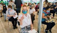 Beatriz Gutiérrez se vacuna contra COVID-19
