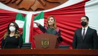 Lorena Cuéllar rinde protesta