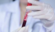 Mujer se recupera de COVID-19 con apoyo de protocolo experimental
