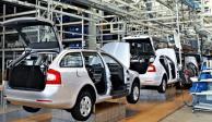 Se desploma venta de autos en enero