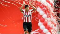 Carlos Salcido presenta Twitter del PSV en español (VIDEO)