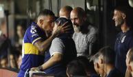 Maradona y Tévez se reencuentran y se besan en la boca (VIDEO)