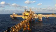 Pemex garantiza producción y abasto de combustible durante pandemia