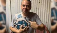 Reportero se vuelve campeón de lucha libre en plena entrevista