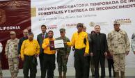 Reconoce Durazo a brigadistas que combatieron incendios en BC