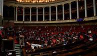 Reinicia debate entre Macron y manifestantes en Francia