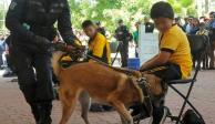 """Con caninos y policías, aplican operativo """"Mochila Segura"""" en Edomex"""
