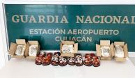 Ocultas en huaraches hallan pastillas de fentanilo en aeropuerto de Culiacán