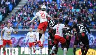 Equipo alemán ofrece disculpas tras sacar a japoneses de su estadio