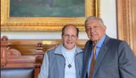 Se reúnen AMLO y Solalinde en Palacio Nacional