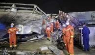 Suman 10 muertos por derrumbe de hotel en China