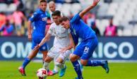Cruz Azul golea a Santos y consigue su primera victoria del torneo