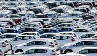 Crece 0.3% venta de autos y frena 12 meses de caídas