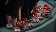 Diputadas se quitan los zapatos en tribuna en protesta por feminicidios