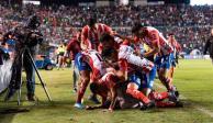 San Luis le arrebata victoria a Chivas en la agonía del partido