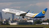 Avión ucraniano se estrella en Irán con 176 personas a bordo