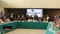 Avalan en comisiones incluir programas de AMLO en la Constitución