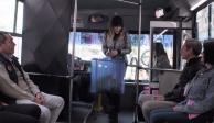 Así fue la primera vez de Belinda en un microbús (VIDEO)