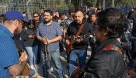 Panteón Rococó da concierto sorpresa en taquillas del Palacio de los Deportes
