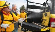 Entrega GEM 30 vehículos y equipamiento para combatir incendios forestales