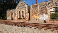 Normalistas liberan vías de tren en Michoacán tras 72 horas de bloqueo