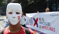 Bloquean Reforma para denunciar desabasto de medicamentos contra VIH