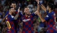 Messi regresa a la titularidad y el Barcelona rescata el triunfo