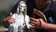 """Culto a la Santa Muerte, devoción para """"soportar"""" la prisión: especialista"""