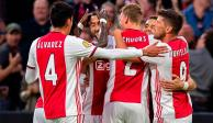 Edson Álvarez vuelve a ser titular en otra victoria del Ajax