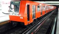 Muere usuario del Metro tras caer a las vías de la estación Candelaria