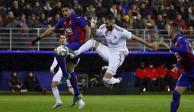 Con doblete de Benzema, Real Madrid supera 4-0 al Eibar