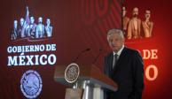 AMLO se disculpa con familia de Alfredo Del Mazo González por vincularlo al NAIM