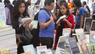 En Los Pinos, venden 5 mil ejemplares en primer día de Tendido de Libros