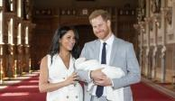 Duques de Sussex presentan a su primer bebé en el castillo de Windsor