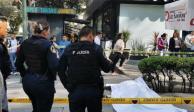 Muere hombre tras caer de un doceavo piso de edificio sobre Insurgentes