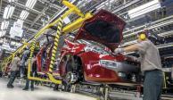 Producción y exportación de vehículos ligeros disminuye en octubre