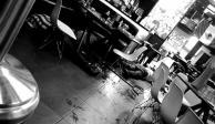 Grupo-armado-ingresa-al-restaurante-California-grill-en-UruapanMichoacán-hasta-el-momento-5-abatidos-y-varios-heridos.-@deultimahora991