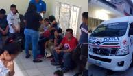 Rescatan a 56 migrantes hacinados en autobuses en Chiapas