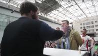 VIDEO: A cachetadas hombre ruso ganó 410 euros