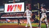 VIDEO: Mexicano Osuna contribuye a victoria de Astros en playoffs