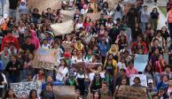 FOTOS: Alumnos del CCH Sur marchan en CU por caso de abuso sexual