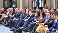 """AMLO pide """"acelerar el paso"""" a gabinete, previo a Primer Informe"""